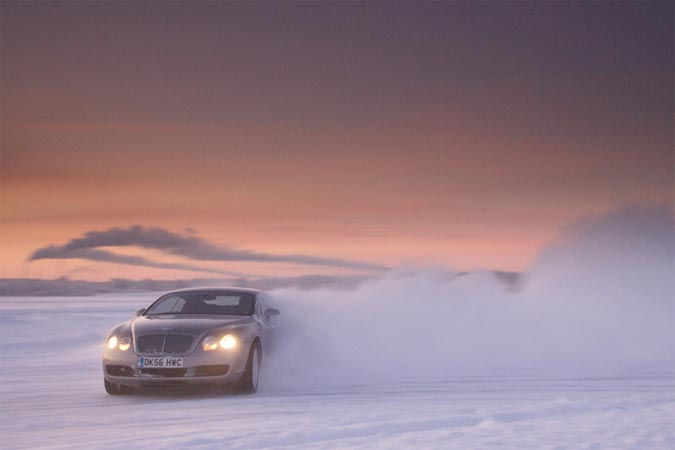 Bentley Power on Ice 2012  – Bentley Winterfahrtraining in Finnland