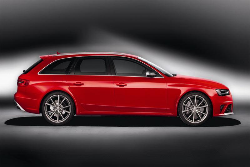 Neuer Audi RS4 Avant - Seitenansicht
