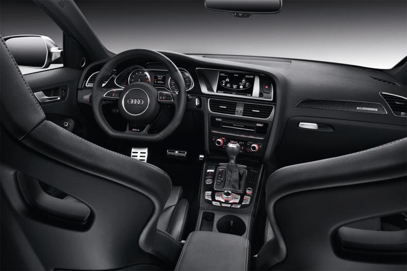 Neuer Audi RS4 Avant - Innenraum