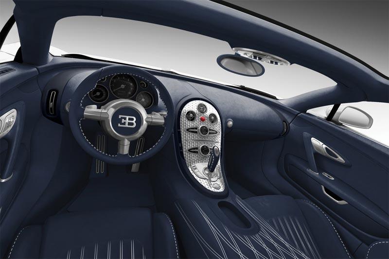 bugatti pr sentiert bugatti veyron super sport black carbon und bugatti veyron grand sport blue. Black Bedroom Furniture Sets. Home Design Ideas