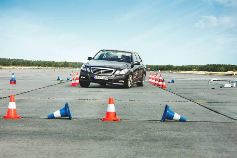 Fahrsicherheitstraining von Mercedes-Benz - Driving Events für Mercedesfahrer