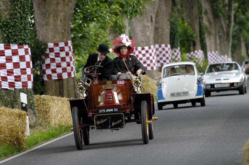 Schloss Dyck Classic Days 2011 - 125 Jahre Automobil-Faszination