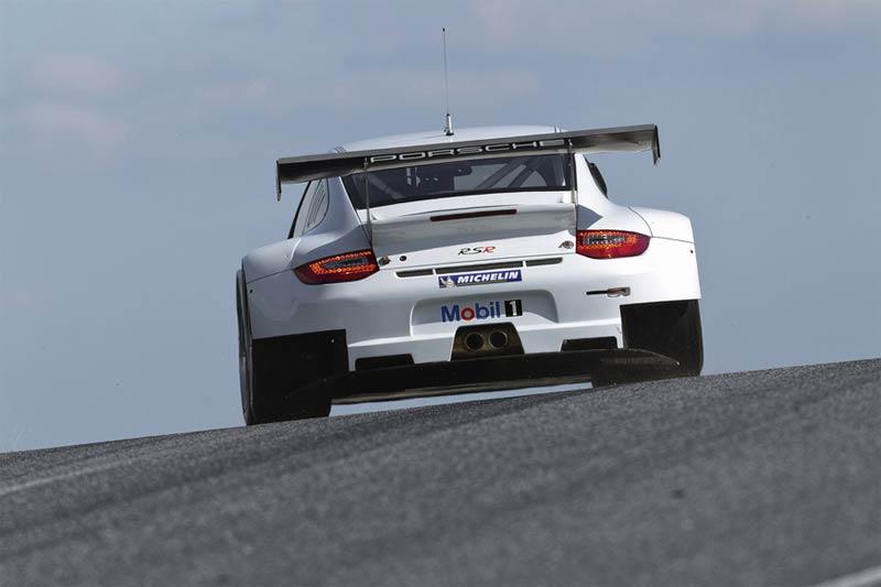 Kundensportfahrzeuge - Neuer Porsche 911 GT3 RSR geht an den Start