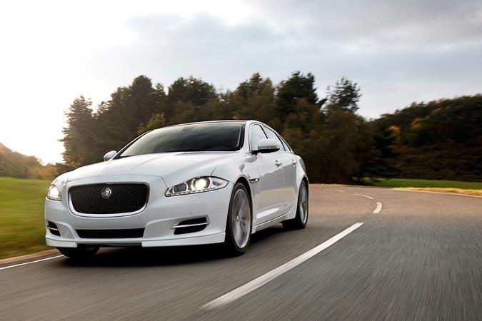 Jaguar XJ - Luxuslimousine wartet mit neuem Sport-Pack und Speed-Pack auf