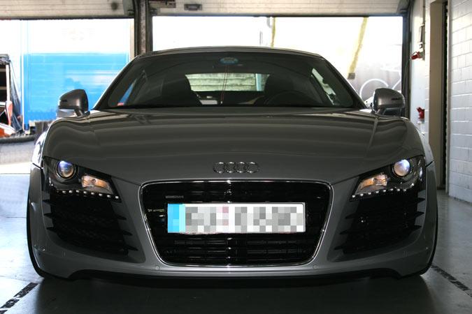 An Sylvester gehören Automobile in die gesicherte Garage