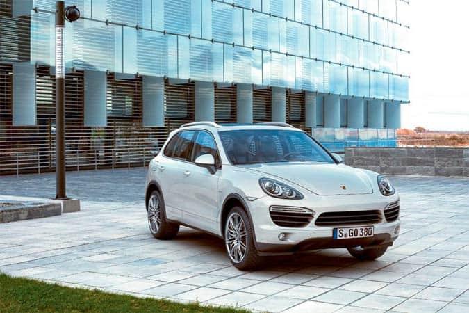 Porsche steigert weltweite Auslieferungen