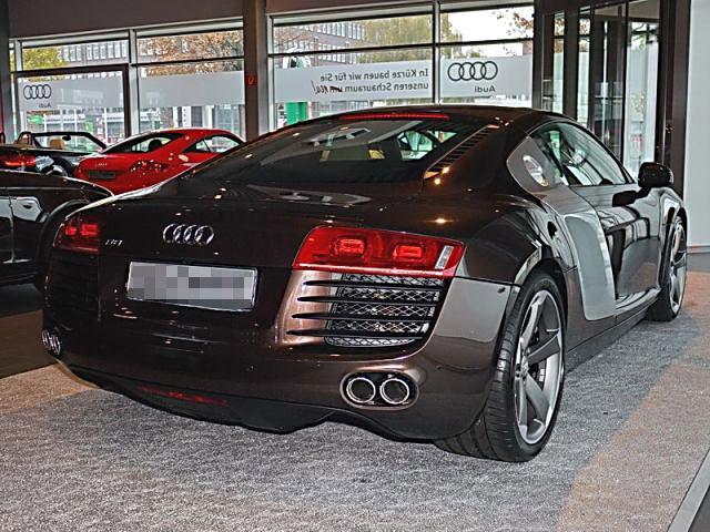 Audi R8 4,2 FSI quattro zu verkaufen mit Navi/Leder/Xenon