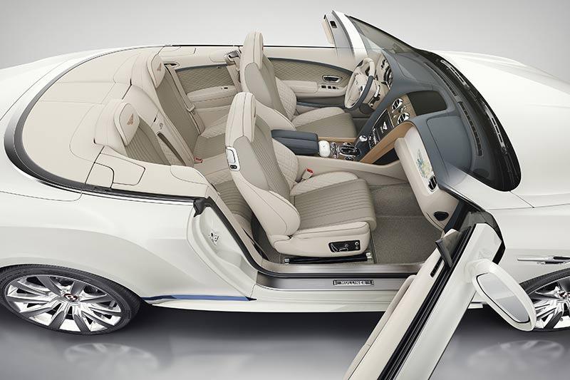 Bentley Continental GT Convertible Galene Edition von Mulliner - Blick ins Fahrzeug