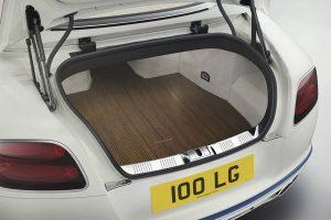 Bentley Continental GT Convertible Galene Edition von Mulliner - Kofferaum in Pinstripe Walnut