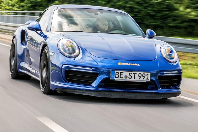 Blue Arrow Porsche 911 Turbo S