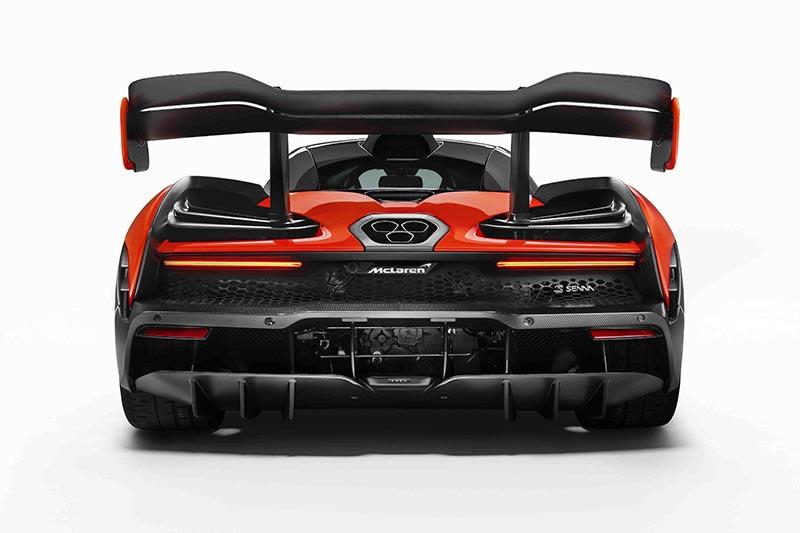 Die Heckansicht des McLaren Senna