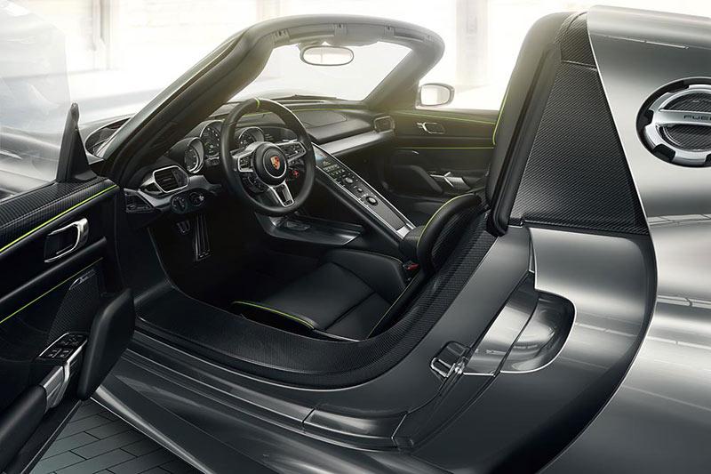 Das Interieur des 918 Spyder