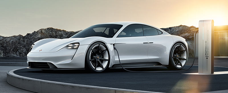 Porsche Mission E - Elektrosportwagen