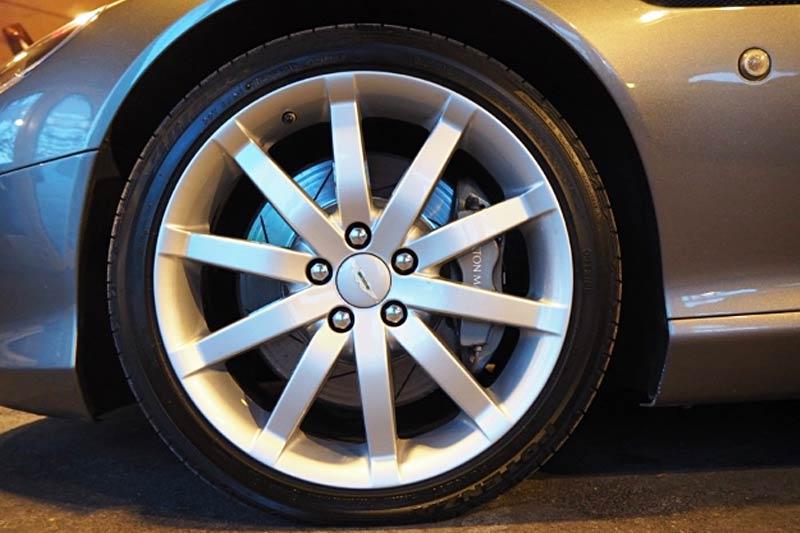 Aston Martin DB9 Coupe gebraucht kaufen