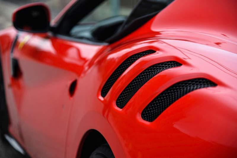 Ferrari F12 TDF rosso corsa neuwertig Gebrauchtwagen kaufen