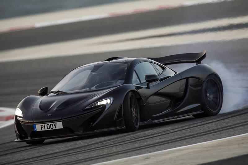 McLaren P1 Dragrace