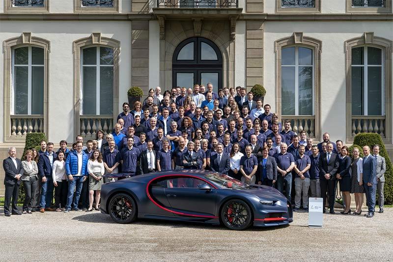 100 Bugatti Chriron