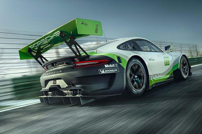Porsche 911 GT3 R - Ein mächtiger Heckflügel sorgt für Abtrieb