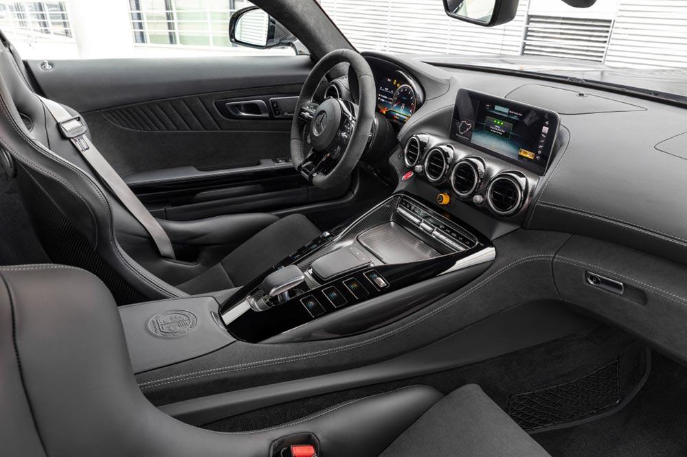 Mercedes-AMG GTR R PRO Interieur