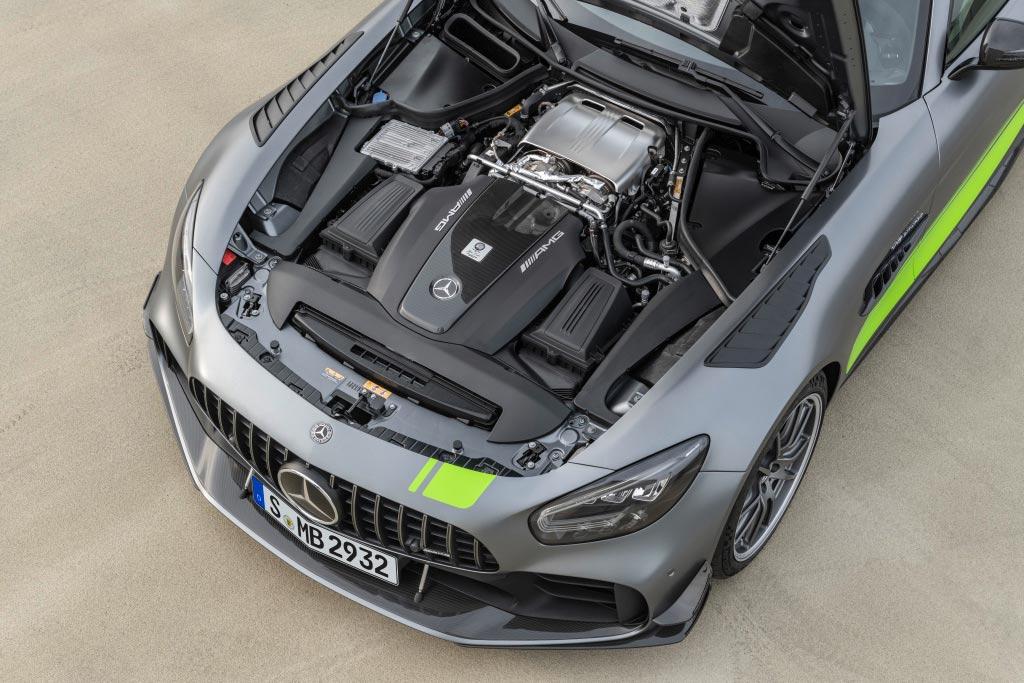 Mercedes-AMG GTR R PRO Motor