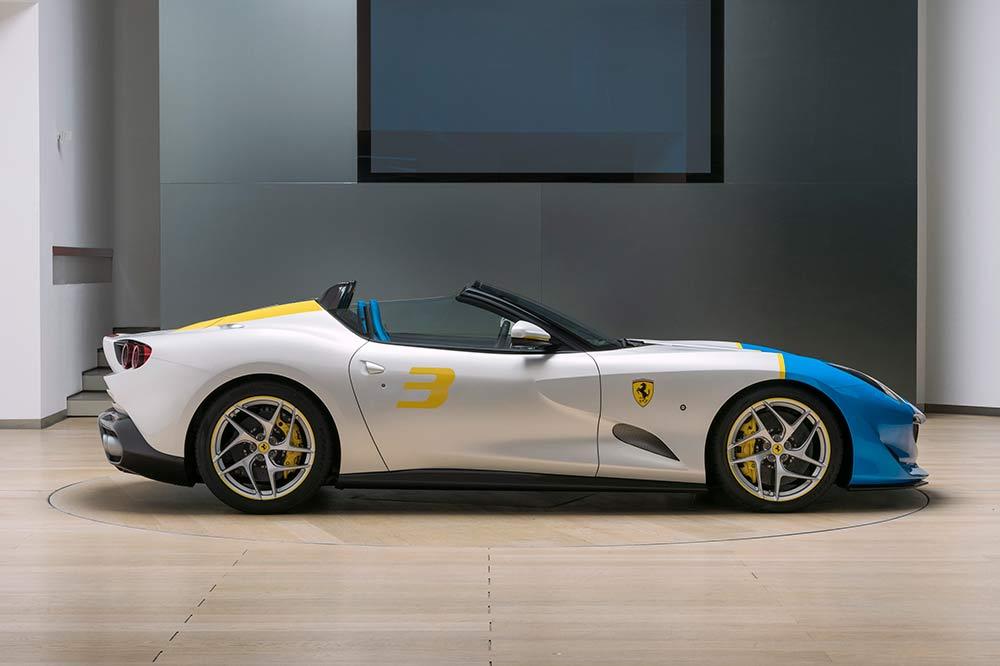 Ferrari SP3JC - Seitenansicht