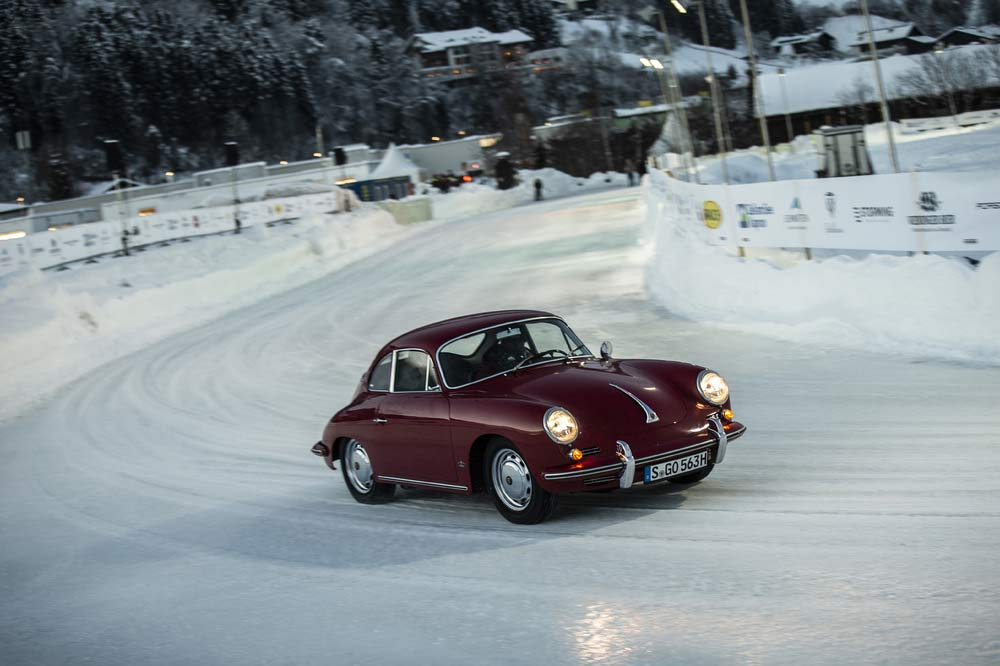 Porsche 356 Coupé beim GP Ice Race in Zell am See