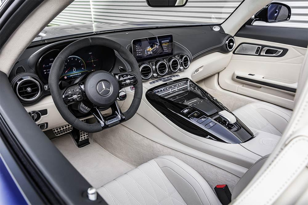 Mercedes-AMG GT R Roadster Interieur