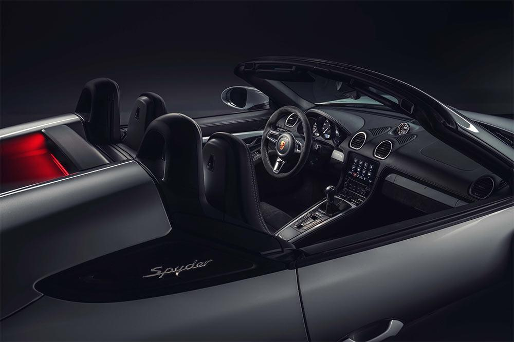 Porsche 718 Spyder Interieur
