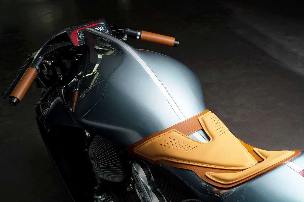 Die Sitzfläche des auf 100 Stück limitierten Motorrads