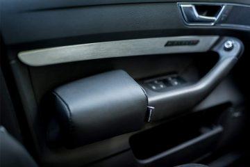 Armlehne für die Fahrertür