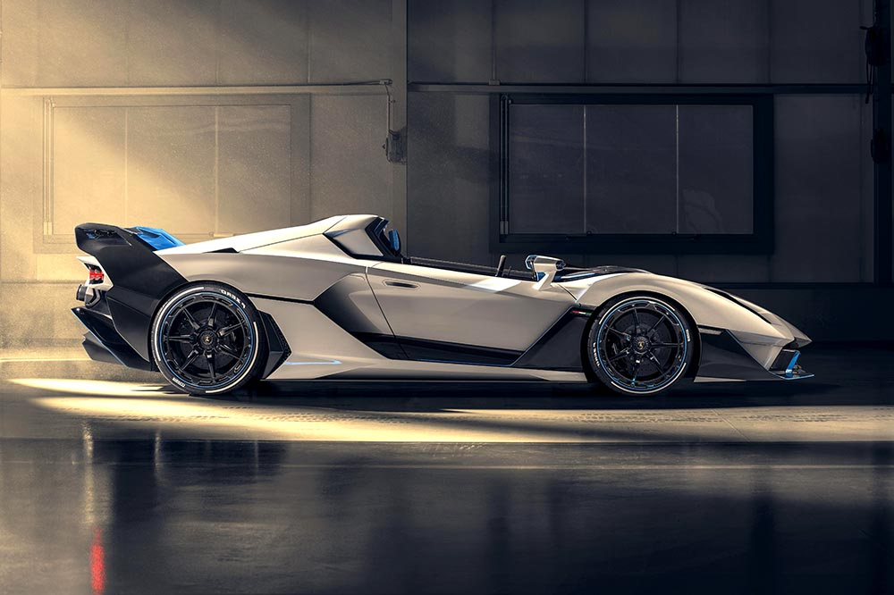 Offener flacher Rennbolide von Lamborghini