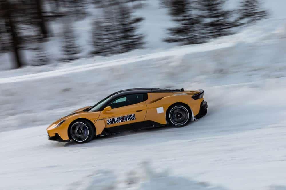 Maserati testet seinen Supersportwagen derzeit in Eis und Schnee
