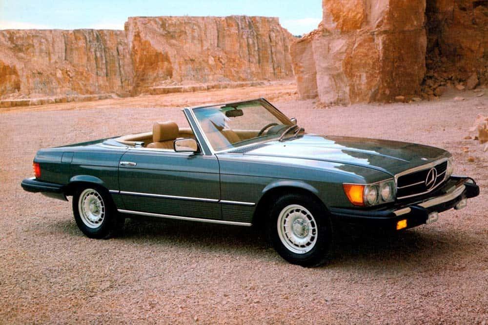 Mercedes-Benz 380 SL in Ausführung für den nordamerikanischen Markt, Modelljahr 1982.