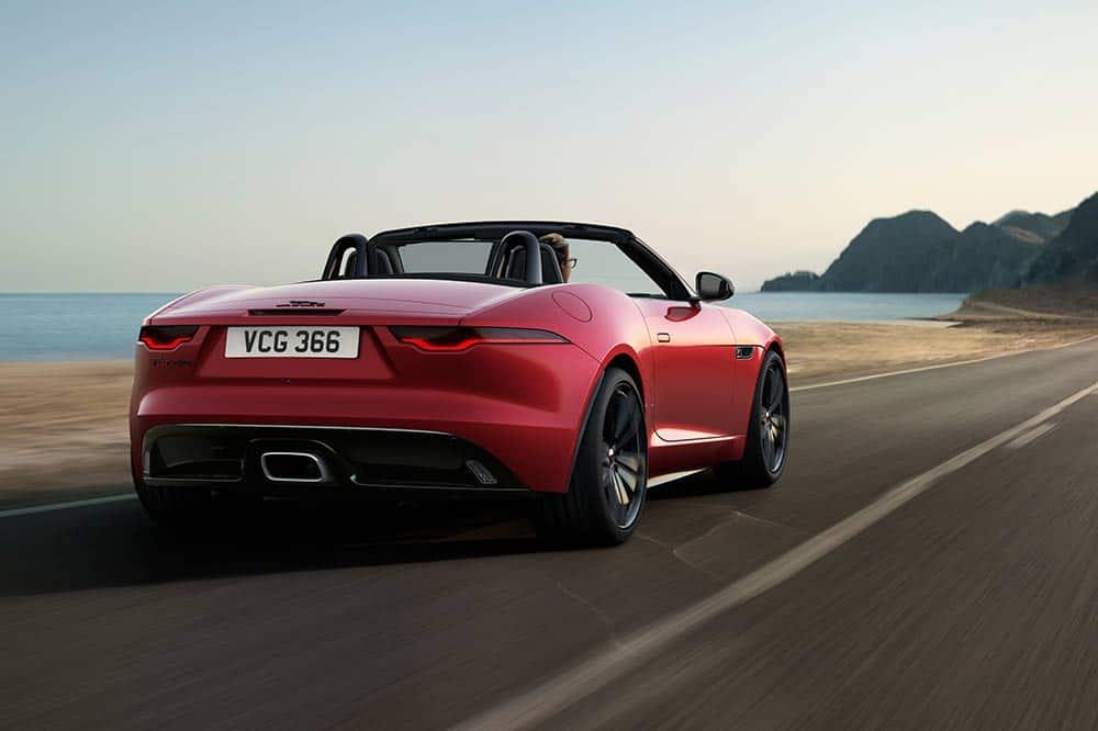 Jaguar F-Type Cabrio in Firenze Red